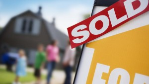home-for-sale-thinkstock-750xx2122-1194-0-111